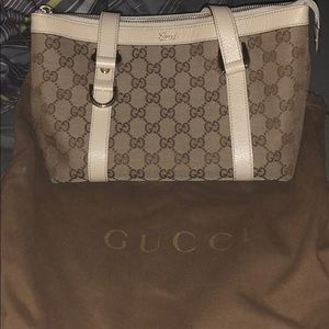 Authentic Gucci Abby tote purse